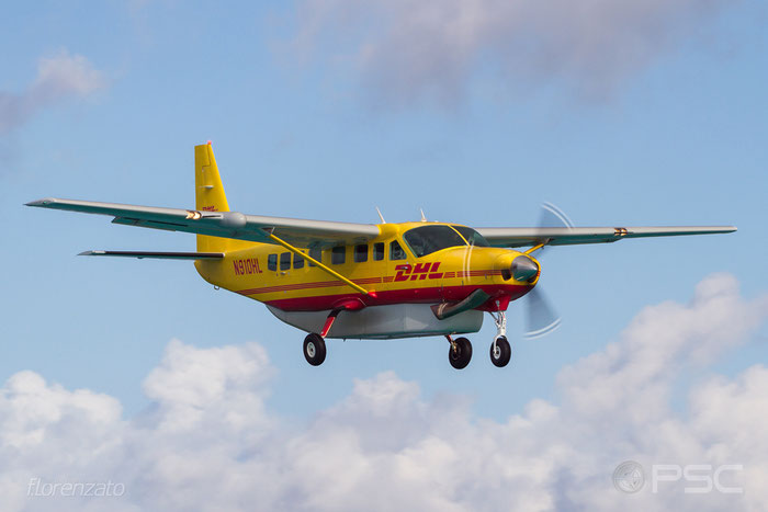 N910HL Cessna 208B 208B-2268 Air St. Kitts & Nevis @ Sint Maarten Airport 04.2016 © Piti Spotter Club Verona