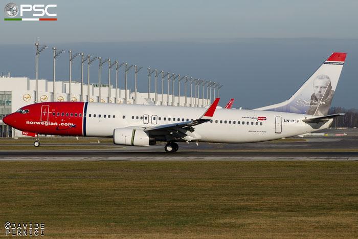 LN-DYF B737-8JP 39004/3482 Norwegian @ Munich Airport 13.12.2015 © Piti Spotter Club Verona