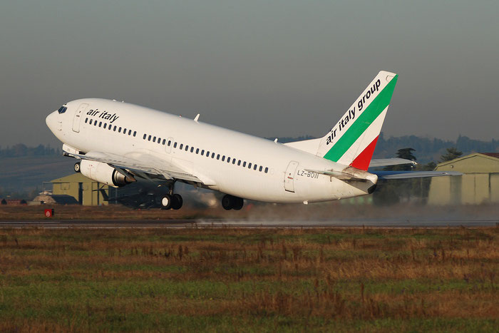 LZ-BOW  B737-330  23834/1454  Air Italy (2005)  @ Aeroporto di Verona © Piti Spotter Club Verona