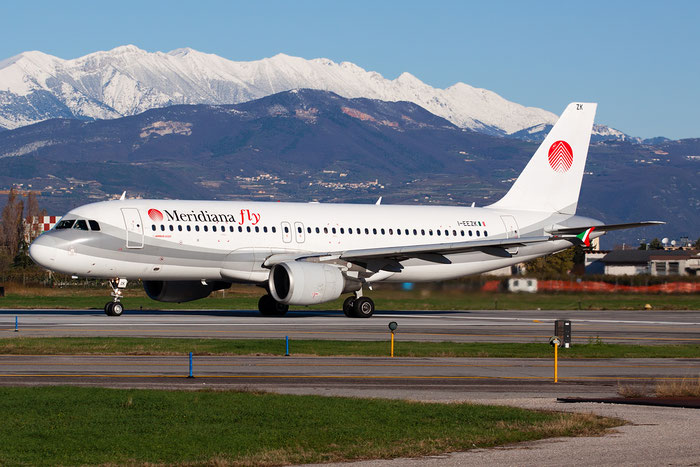 I-EEZK  A320-214  1125  Meridiana Fly @ Aeroporto di Verona © Piti Spotter Club Verona
