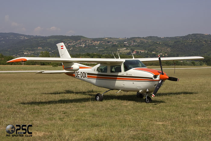 OE-DOX -Cessna 210 Centurion @ Aeroporto Verona Boscomantico © Piti Spotter Club Verona