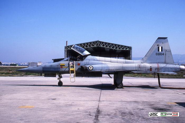 69164   F-5A  N6268 © Piti Spotter Club Verona