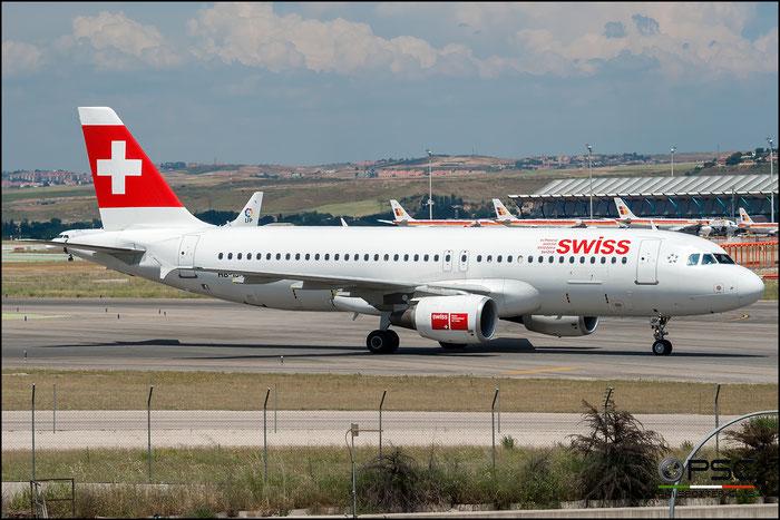 HB-IJP A320-214 681 Swiss International Air Lines @ Madrid Airport 2011 © Piti Spotter Club Verona