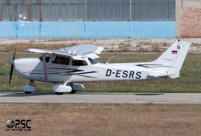 D-ESRS Cessna 172S C172 @ Aeroporto Verona Boscomantico © Piti Spotter Club Verona