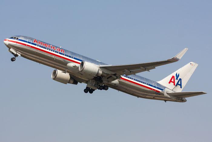 N39356 B767-323ER 24037/226 American Airlines @ Zurich Airport 20.07.2013 © Piti Spotter Club Verona