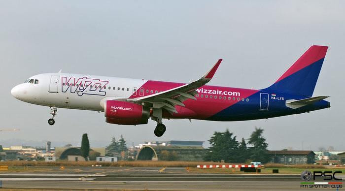 HA-LYS A320-232 6662 Wizz Air @ Aeroporto di Verona 12.2019  © Piti Spotter Club Verona