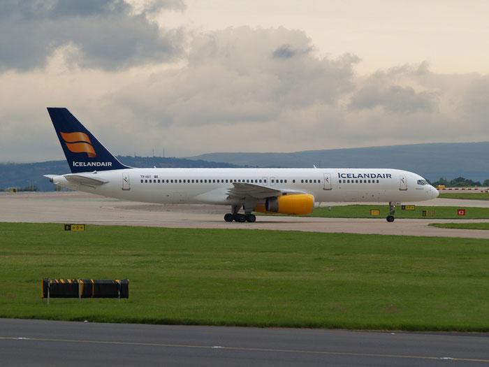 TF-IST B757-256 29307/924 Icelandair @ Manchester Airport - 20.07.2012 © Piti Spotter Club Verona