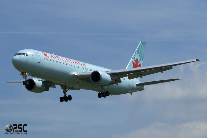 C-GHLK B767-35HER 26388/456 Air Canada @ London Heathrow Airport 12.06.2014 © Piti Spotter Club Verona
