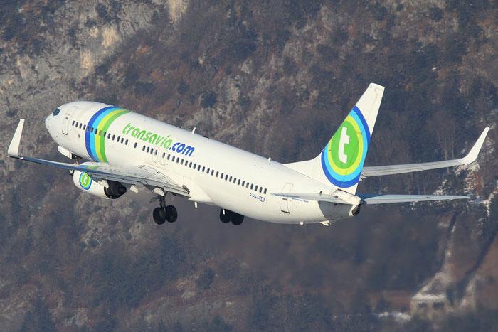PH-HZX B737-8K2 28248/1126 Transavia Airlines @ Innsbruck Airport 26.01.2013  © Piti Spotter Club Verona