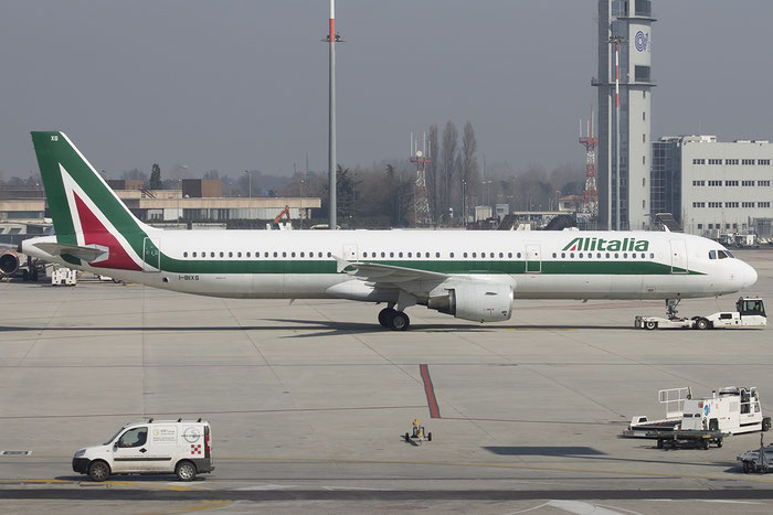 I-BIXS A321-112 599 Alitalia @ Venezia Airport 12.03.2015  © Piti Spotter Club Verona
