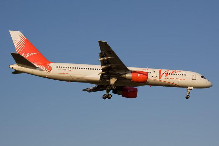 RA-73008 B757-230 25436/419 VIM Airlines @ Rimini Airport 20.08.2011 © Piti Spotter Club Verona