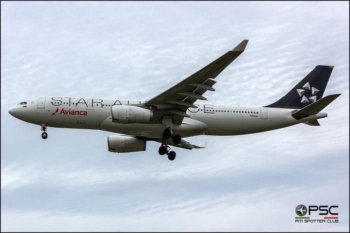 N342AV A330-243 1342 AVIANCA - Aerovías Nacionales de Colombia @ London Heathrow Airport 2015 © Piti Spotter Club Verona