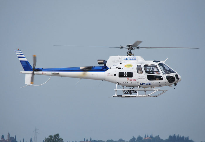 I-DUEK Eurocopter AS350B3 Ecureuil ( c/n 3300 ) - mfg: 2000 @ Aeroporto di Verona © Piti Spotter Club Verona