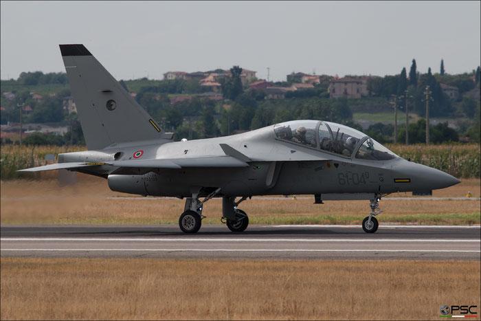 MM55155  61-04  T-346A  7049  212° Gruppo @ Aeroporto di Verona   © Piti Spotter Club Verona
