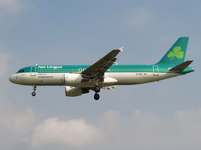 EI-DET A320-214 2810 Aer Lingus @ London Heathrow Airport 08.2007  © Piti Spotter Club Verona