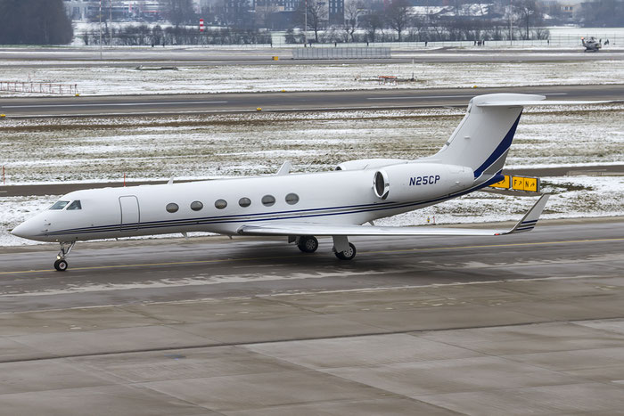 N25CP G-V 527 Wilmington Trust Co. @ Zurich Airport 19.01.2016 © Piti Spotter Club Verona
