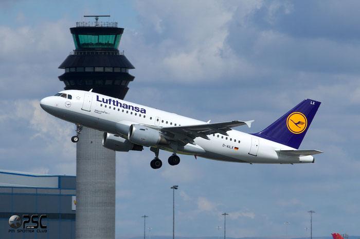 D-AILX A319-114 860 Lufthansa @ Manchester Airport 13.05.2014 © Piti Spotter Club Verona