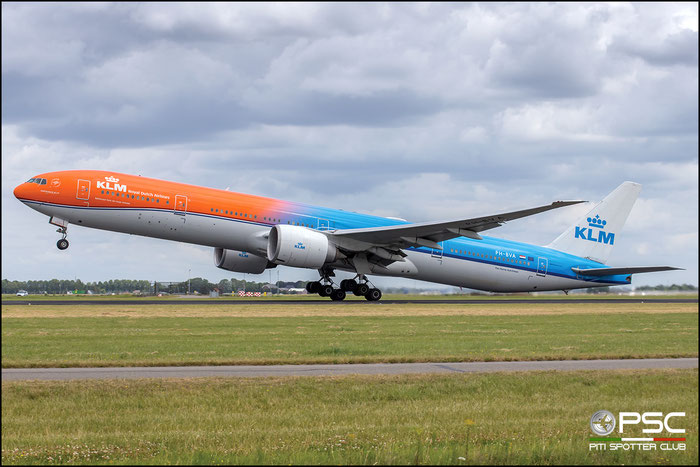 PH-BVA  B777-306ER  35671/694  KLM Royal Dutch Airlines @ Amsterdam 2019 © Piti Spotter Club Verona