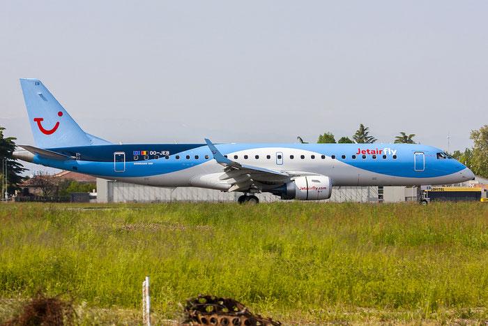 OO-JEB ERJ190STD 19000607 Jetairfly @ Treviso Airport 25.04.2013 © Piti Spotter Club Verona