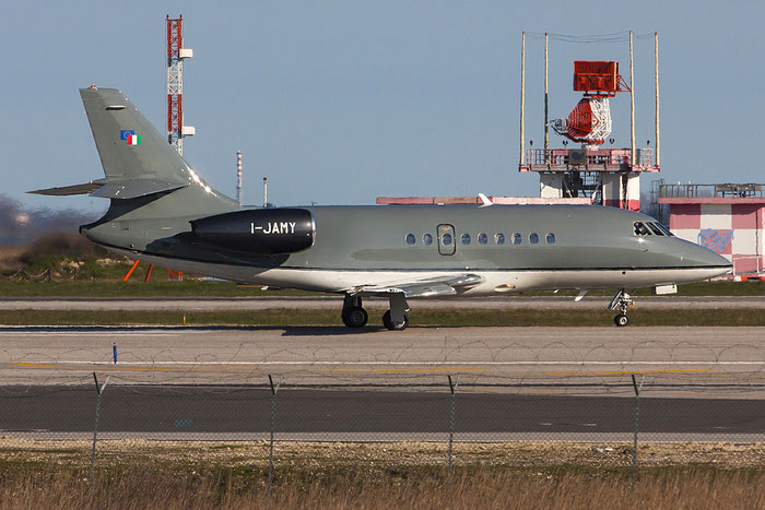 I-JAMY Falcon 2000 54 Sirio @ Venezia Airport 22.03.2013 © Piti Spotter Club Verona