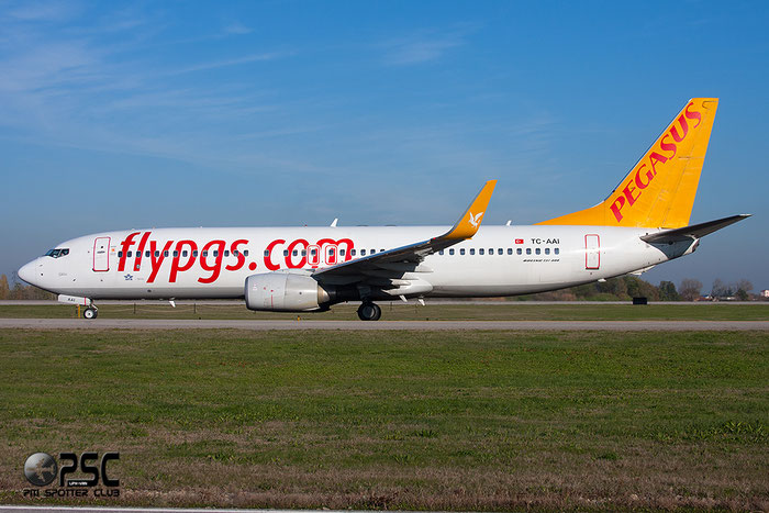 TC-AAI B737-82R 35699/2712 Pegasus Airlines @ Bologna Airport 03.12.2013 © Piti Spotter Club Verona