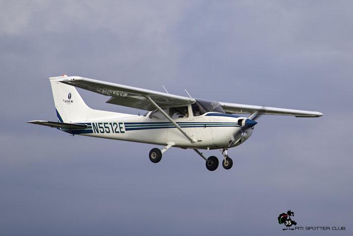 N5512E 1978 CESSNA 172N @ Paine Field Airport 23.09.2015 © Piti Spotter Club Verona