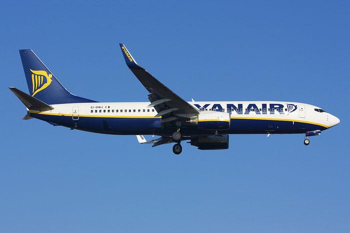 EI-DWJ B737-8AS 36077/2411 Ryanair @ Treviso Airport 09.12.2011 © Piti Spotter Club Verona