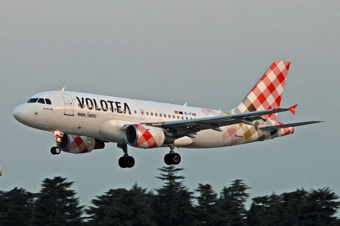 EI-FXM A319-112 2382 Volotea Air @ Aeroporto di Verona 01.08.2017  © Piti Spotter Club Verona