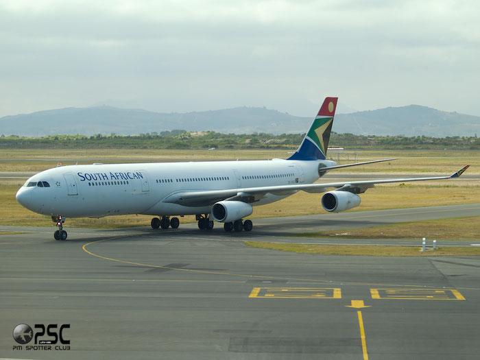 ZS-SXE A340-313E 646 South African Airways @ Cape Town Airport 22.03.2014 © Piti Spotter Club Verona