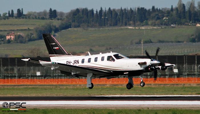 PH-JRN TBM-900 1028 Dok Vast B.V. @ Aeroporto di Verona 03.2019  © Piti Spotter Club Verona