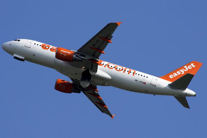 HB-JYD A320-214 4646 EasyJet Switzerland @ Venezia Airport 05.09.2014 © Piti Spotter Club Verona