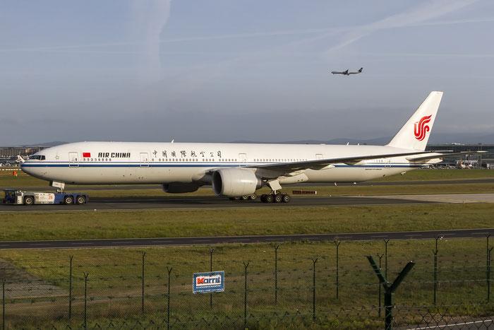 B-2086 B777-39LER 38667/966 Air China @ Frankfurt Airport 08.05.2015 © Piti Spotter Club Verona