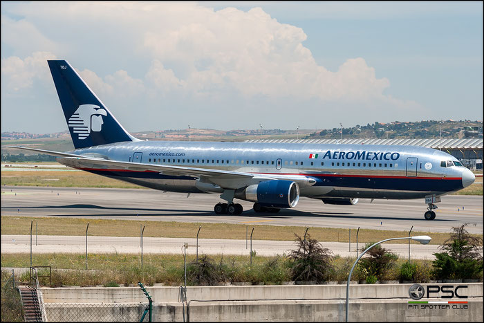 XA-TOJ B767-283ER 24727/301 AeroMéxico - Aerovias de México @ Madrid Airport 2011 © Piti Spotter Club Verona