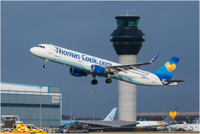 G-TCDB  A321-211  5603  Thomas Cook Airlines @ Manchester 2015 © Piti Spotter Club Verona