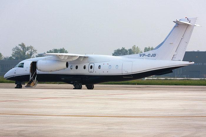 VP-CJD Do328-310 3221 Easy Aviation @ Treviso Airport 20.10.2012 © Piti Spotter Club Verona