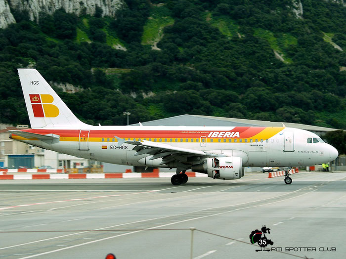 EC-HGS A319-111 1180 Iberia Líneas Aéreas de España @ Gibraltar Airport 24.01.2007 © Piti Spotter Club Verona