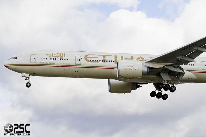 A6-ETL B777-3FXER 39687/1064 Etihad Airways @ London Heathrow Airport 07.02.2014 © Piti Spotter Club Verona