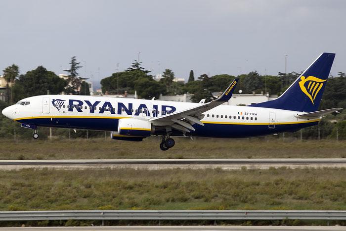 EI-FRW B737-8AS 44748/6075 Ryanair @ Bari Airport 10.11.2016 © Piti Spotter Club Verona