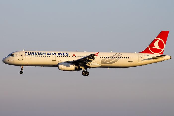 TC-JRP A321-232 4698 Turkish Airlines - THY Türk Hava Yollari @ Venezia Airport 18.03.2016 © Piti Spotter Club Verona