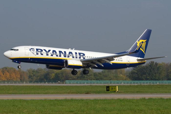 EI-DPR B737-8AS 33614/2219 Ryanair @ Bergamo Airport 01.11.2011 © Piti Spotter Club Verona