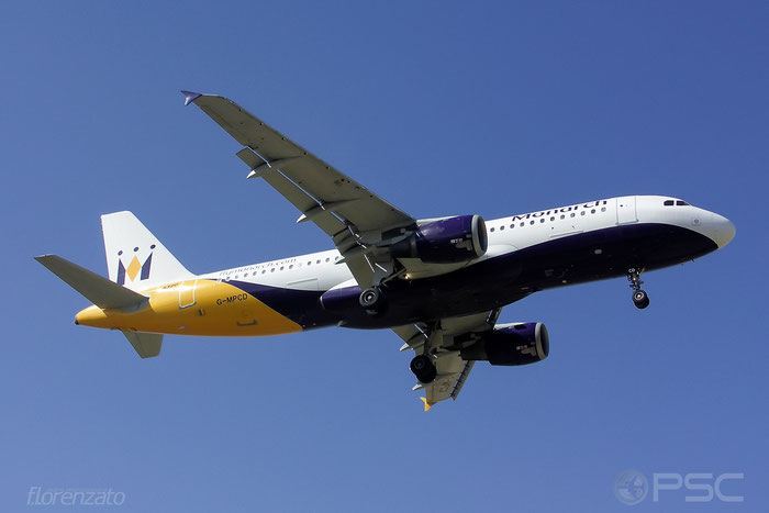 G-MPCD A320-212 379 Monarch Airlines @ Malaga Airport 2006 © Piti Spotter Club Verona