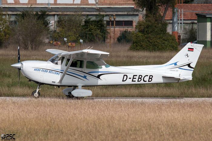 D-EBCB Cessna R172K Hawk XP C172 R1722399 @ Aeroporto Verona Boscomantico © Piti Spotter Club Verona
