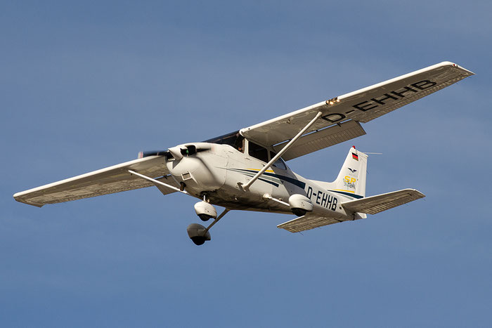 D-EHHB Cessna 172S Skyhawk 2 C172 172S8813 Union Vorarlberger Motorfliegerclub UVMC @ Aeroporto di Bolzano © Piti Spotter Club Verona