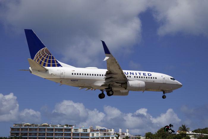 N29717 B737-724 28936/182 United Airlines @ Sint Maarten  Airport 05.03.2016 © Piti Spotter Club Verona