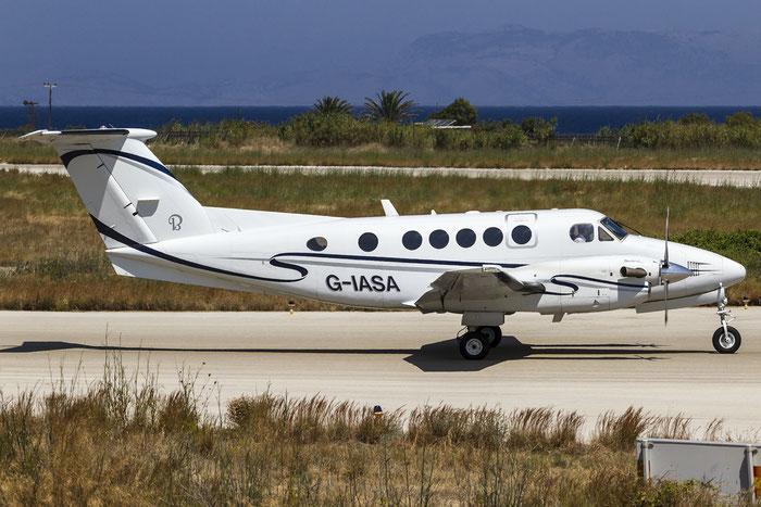 G-IASA Beech B200 BB-1698 IAS Medical Ltd. @ Rhodes Airport 05.07.2015 © Piti Spotter Club Verona