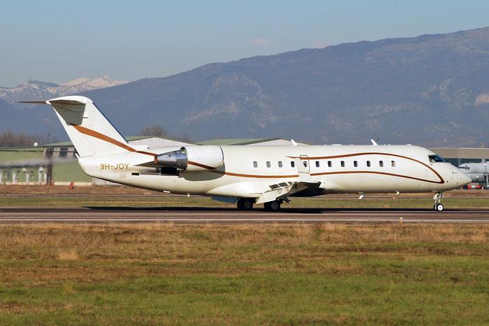 9H-JOY CRJ200ER 7644 Air X Charter @ Aeroporto di Verona 17.12.2017  © Piti Spotter Club Verona