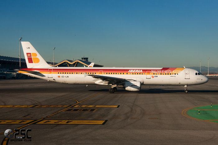 EC-IJN A321-212 1836 Iberia Líneas Aéreas de España @ Madrid Airport 01.2012 © Piti Spotter Club Verona