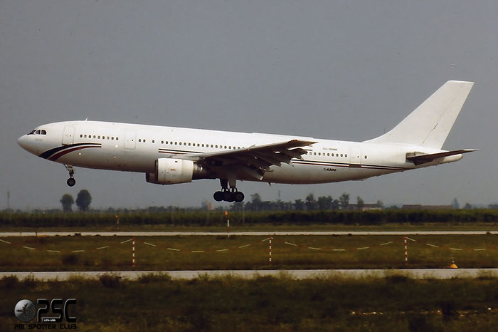 SU-BMM  A300B4-203  175  AMC Airlines - Aircraft Maintenance Company @ Aeroporto di Verona © Piti Spotter Club Verona