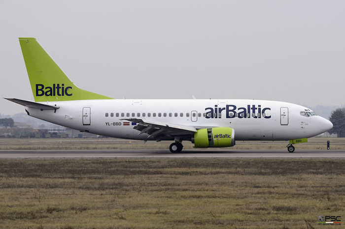 YL-BBD B737-53S 29075/3101 airBaltic