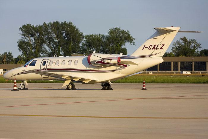 I-CALZ Ce525A (CJ2+) 525A-0427 Italfly @ Treviso Airport 05.06.2012 © Piti Spotter Club Verona